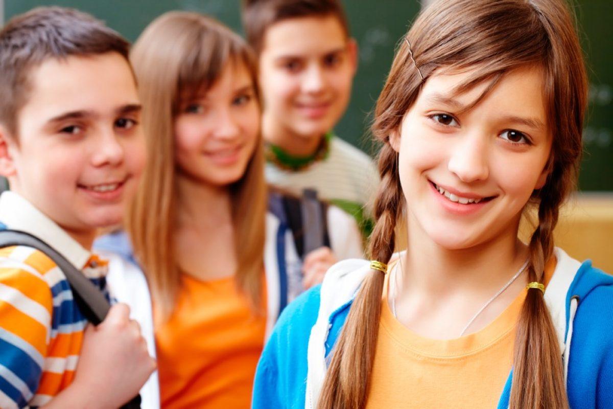 Σχολική αυτοεκτίμηση: Πώς οι γονείς μπορούν να ενισχύσουν την σχολική αυτοεκτίμηση του εφήβου