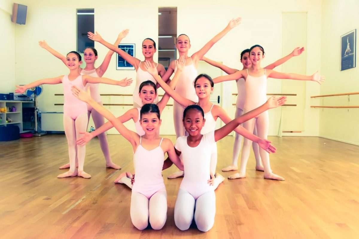Hansel & Gretel στο Θέατρο Παλλάς | Ένα χειμωνιάτικο μπαλέτο για όλη την οικογένεια!
