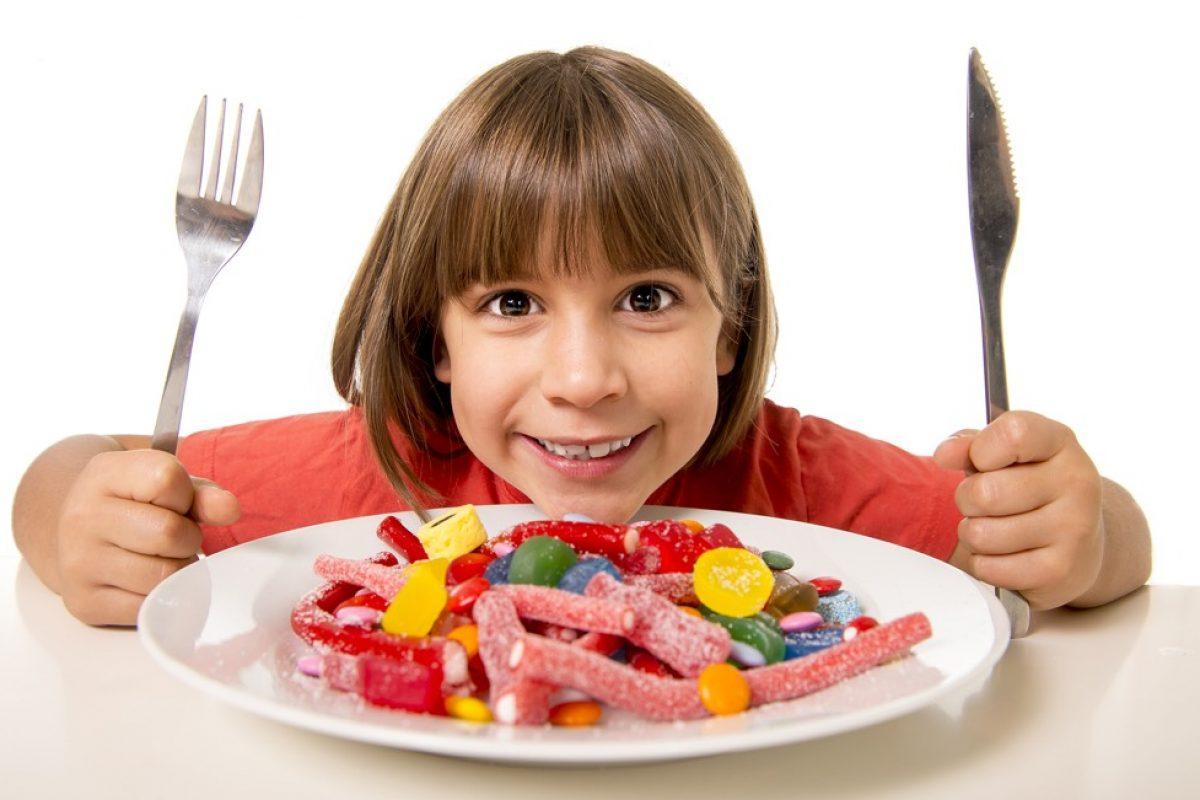 Αυξημένο βάρος στην παιδική ηλικία: Ποια είναι η σωστή αντιμετώπιση;