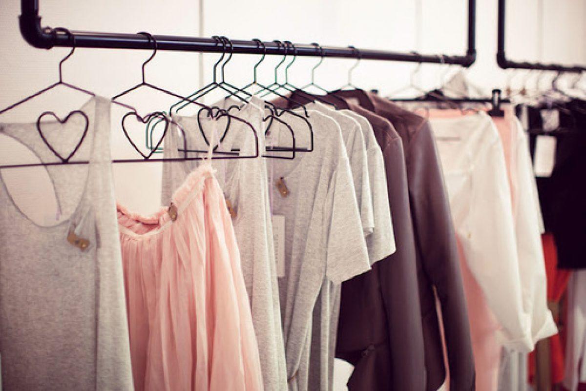 Μήπως οι κρεμάστρες καταστρέφουν τα ρούχα σου;