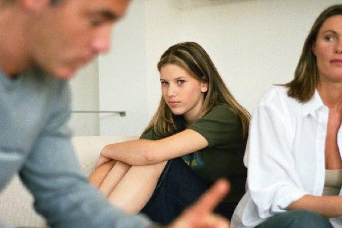 Γιατί οι στενότερες οικογενειακές μας σχέσεις μπορεί να προκαλέσουν κατάθλιψη;