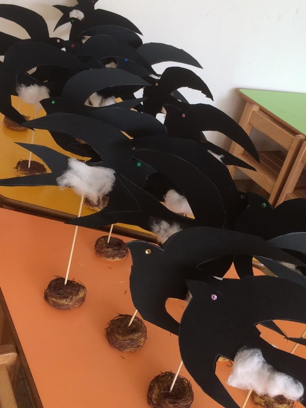 chelidonismata-poulia