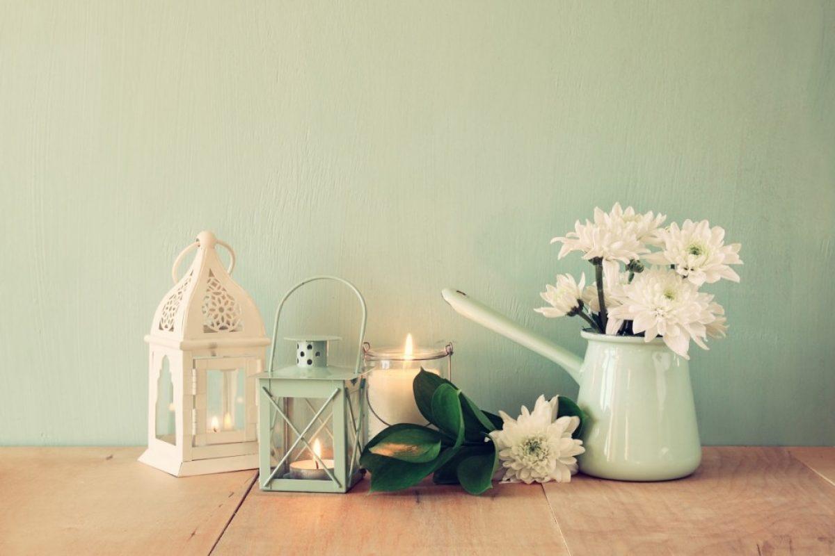 6 καλοκαιρινές ιδέες για να διακοσμήσεις το μπαλκόνι σου με φαναράκια!