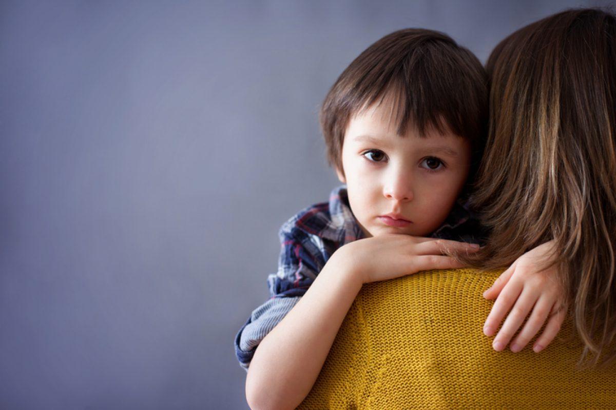 Πώς να μιλήσουμε στα μικρά παιδιά για τον θάνατο (και προτάσεις βιβλίων)