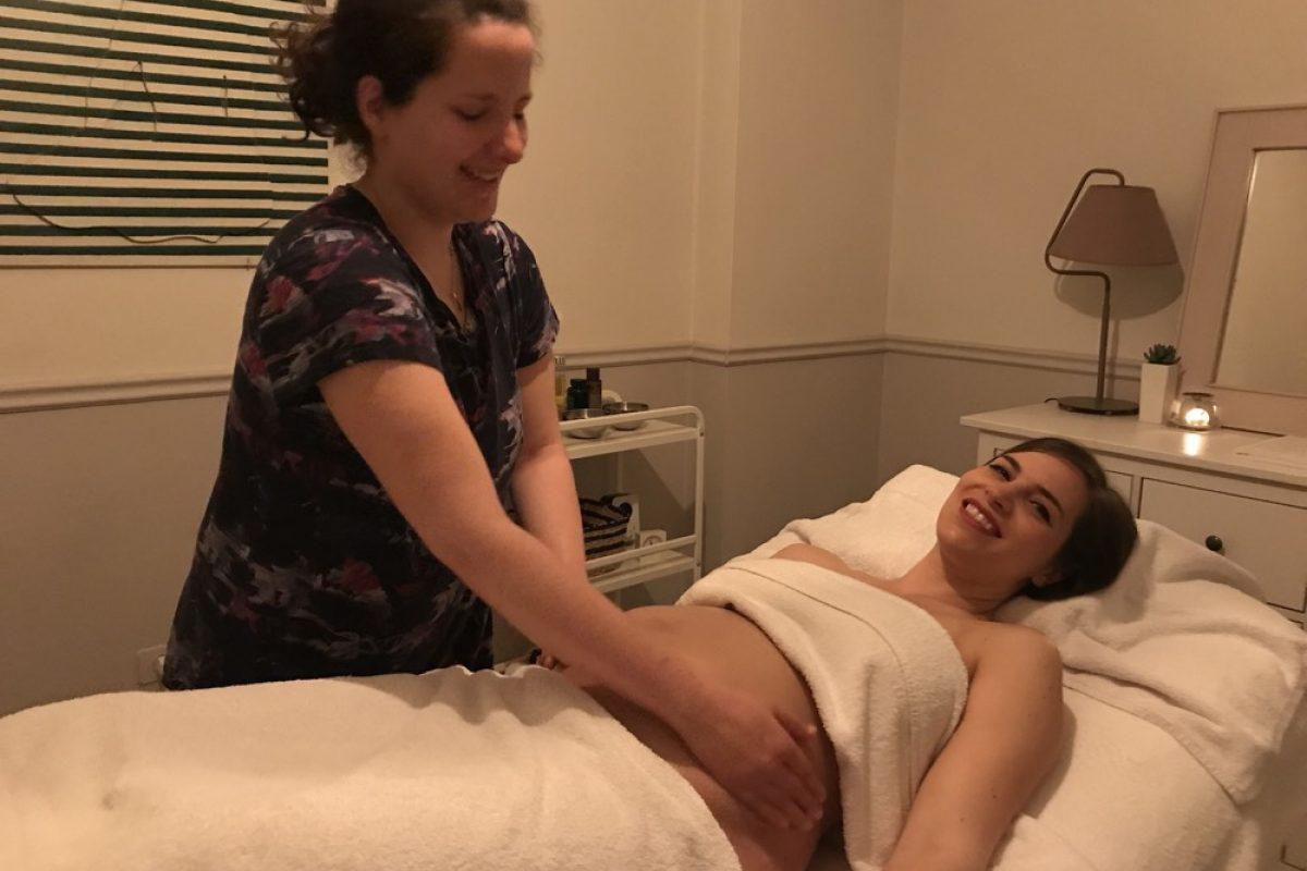 Μασάζ στην εγκυμοσύνη: ένα αληθινό δώρο για τη μέλλουσα μαμά και το μωρό της!