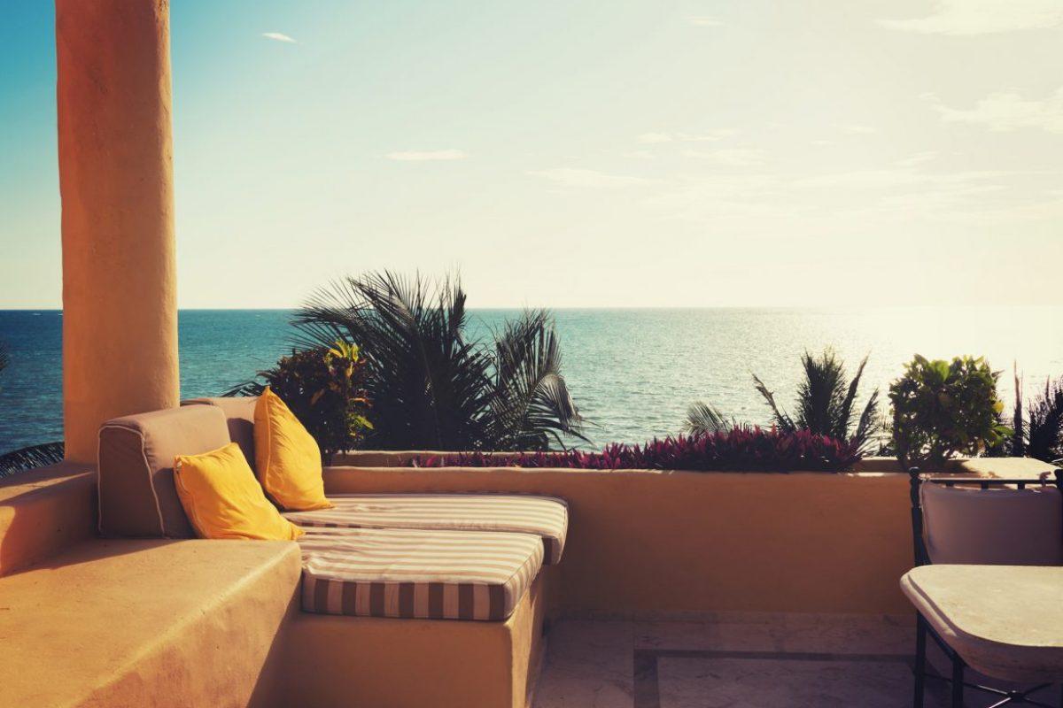 10 Low-Budget Ιδέες για την Καλοκαιρινή Διακόσμηση του Σπιτιού σου!