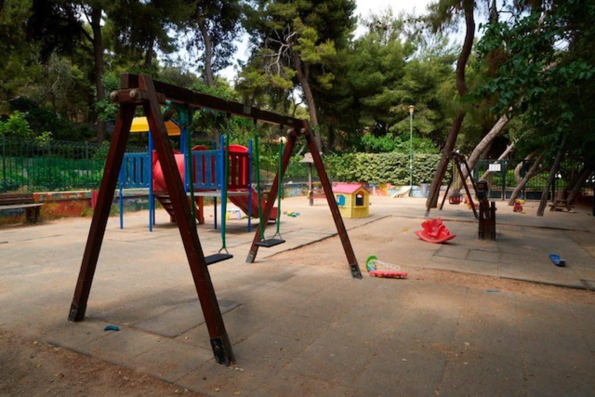 Ανοίγουν για τα παιδιά της Αθήνας οι πρώτες 12 σύγχρονες και ασφαλείς Παιδικές Χαρές – ακολουθούν άλλες 16 έως το Φθινόπωρο