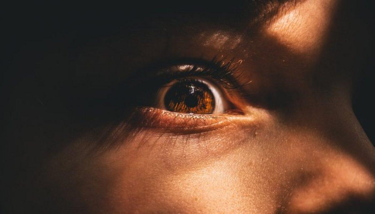 Παιδική κακοποίηση: Δεν αρκεί μόνο η συγκίνηση