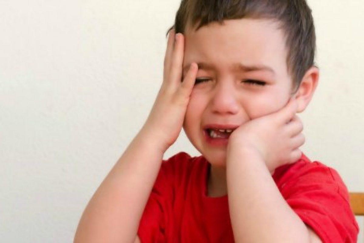 Το παιδάκι μου κλαίει όποτε βλέπει αγνώστους! Τι να κάνω;