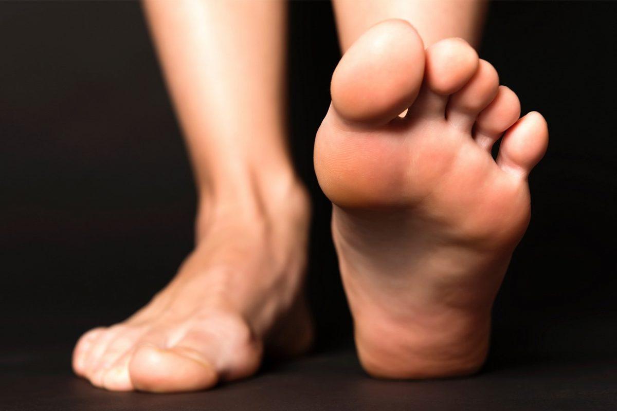Ο φυσικός τρόπος να απαλλαγείς από μύκητες στα νύχια των ποδιών