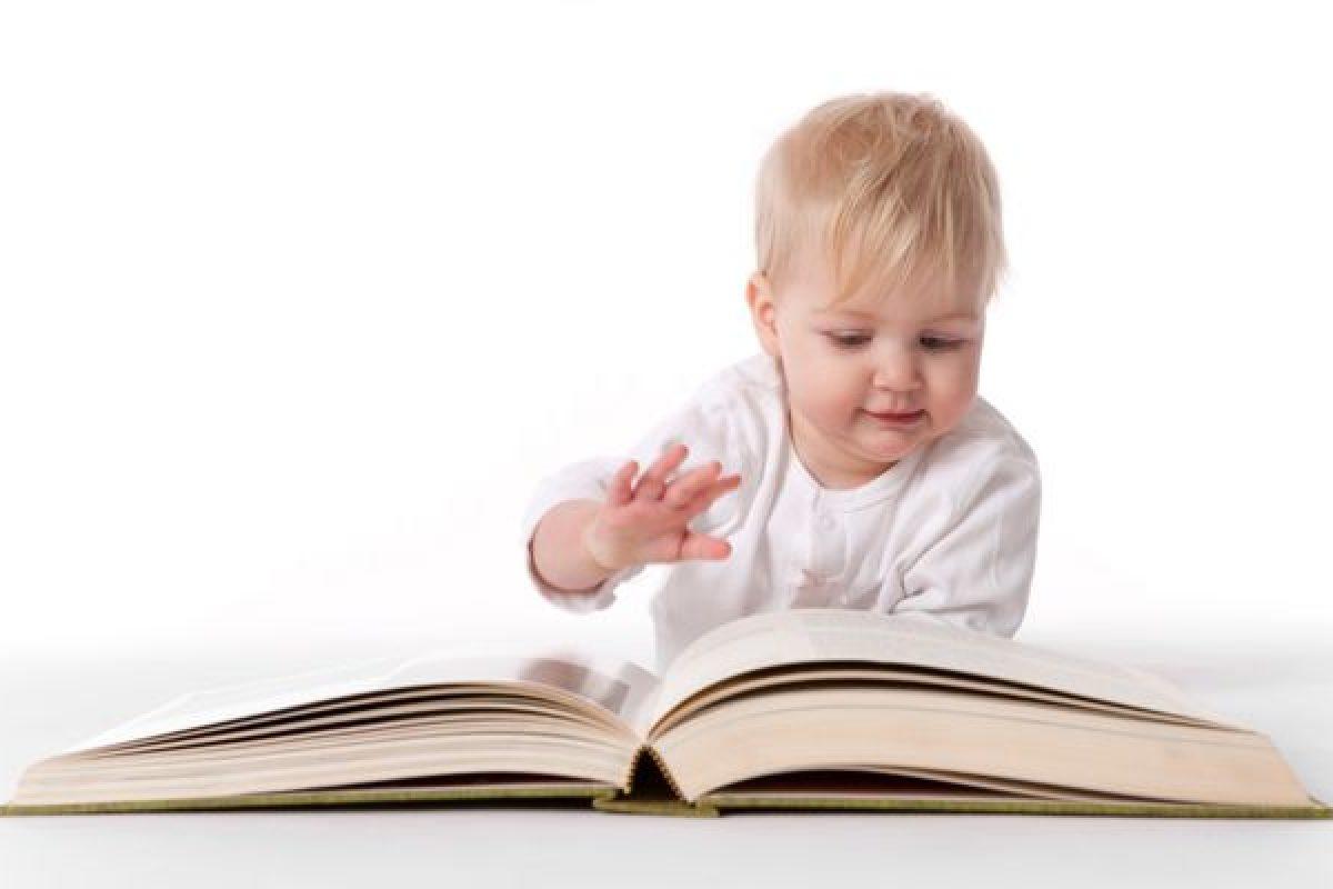 Γιατί πρέπει να διαβάζουμε παραμύθια στα παιδιά μας; Υπάρχει σωστή αφήγηση;