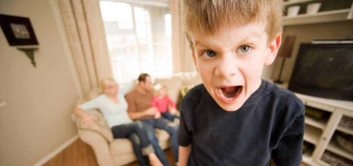 Οκτώ (8) λόγοι που το παιδί δεν κάνει αυτό που λέμε, την πρώτη φορά που το λέμε