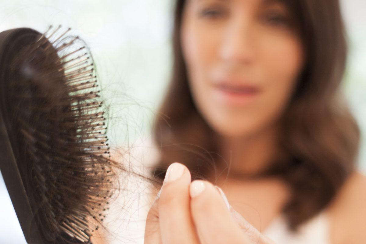 Οι κλασικοί λόγοι για τους οποίους χάνετε μαλλιά