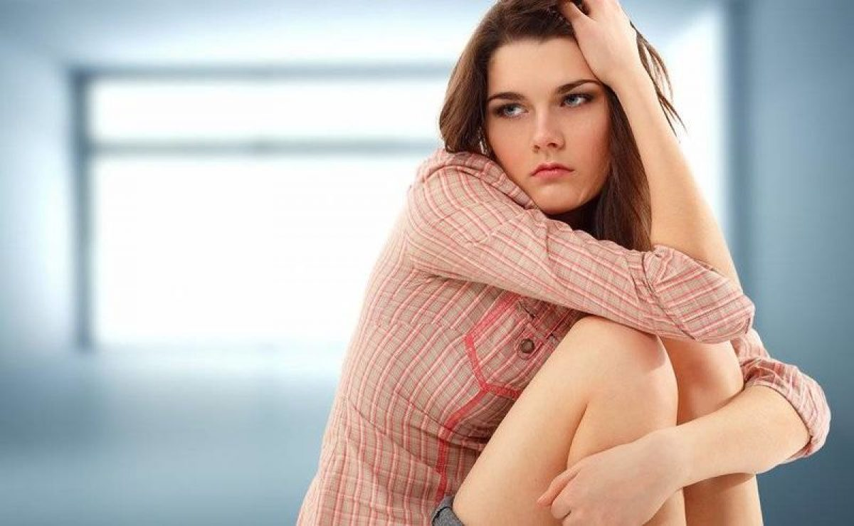 """Πιο """"εύθραυστη"""" η ψυχολογία των κοριτσιών από την εξέλιξη μιας σχέσης"""