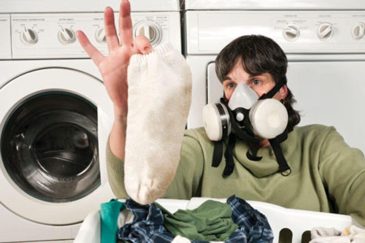 Δυσάρεστη οσμή των εφήβων: Πώς αντιμετωπίζεται;