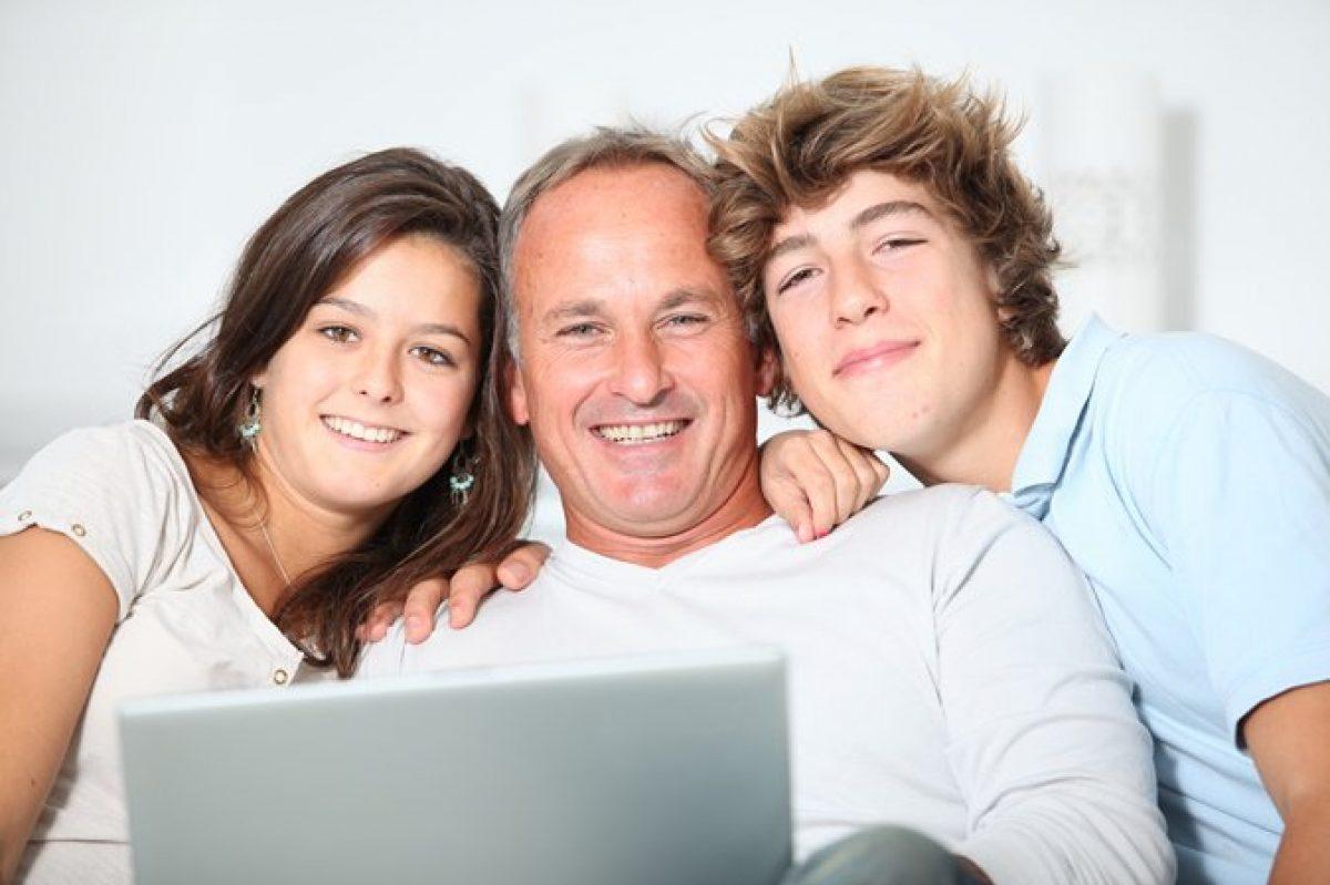 Εφηβεία: Πως οι γονείς – έφηβος την αντιμετωπίζουν
