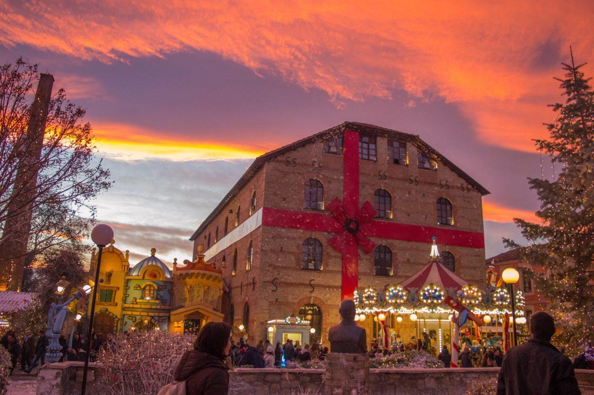 «Ταξίδι στα Χριστούγεννα του κόσμου» στο Μύλο των Ξωτικών στα Τρίκαλα!