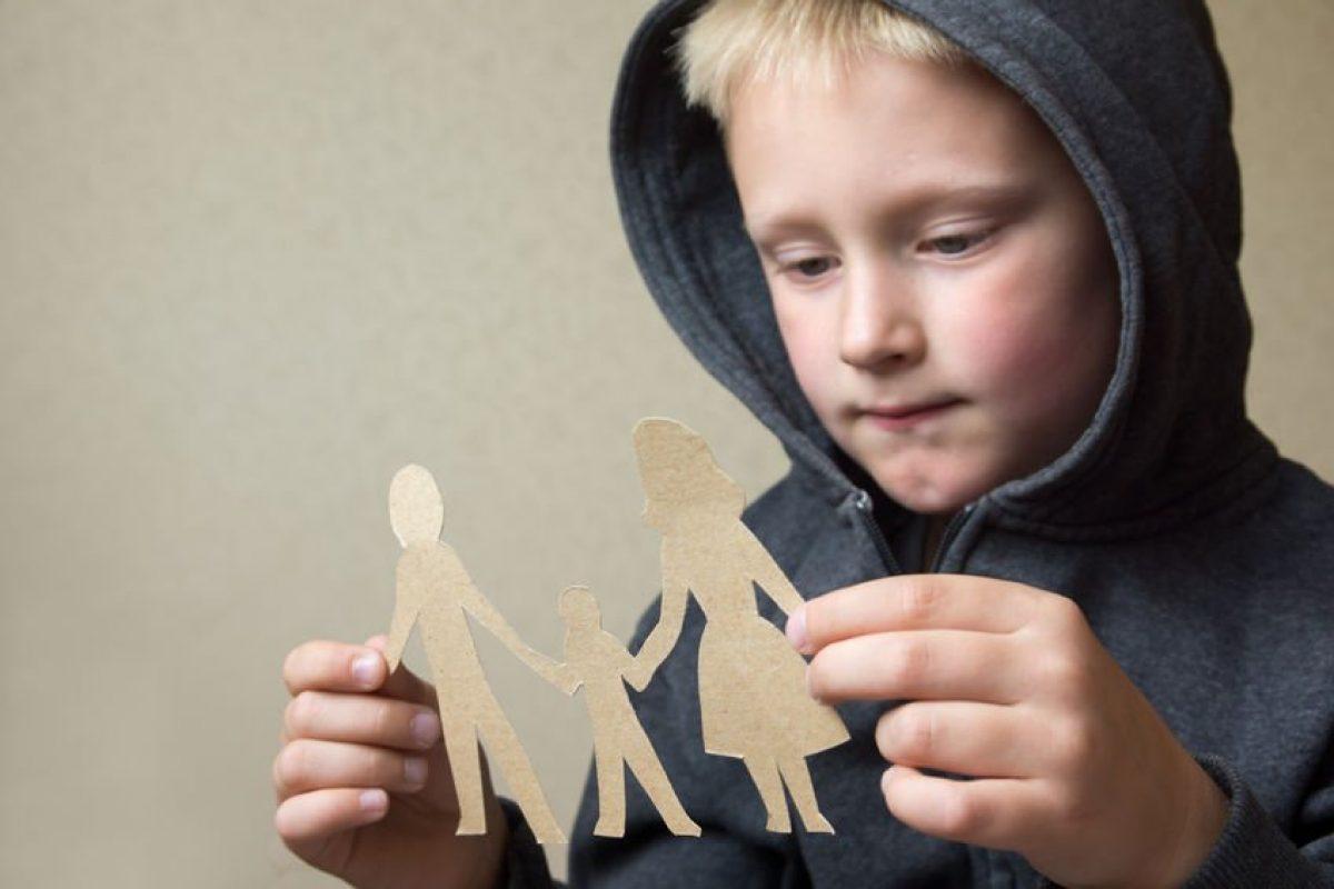 Διαζύγιο: Και τώρα πώς το λέμε στα παιδιά; Συμβουλές από την Επιστημονική Ομάδα της Γραμμής 11525 και του Συμβουλευτικού Κέντρου του «Μαζί για το Παιδί»