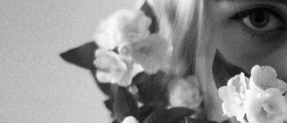 Κική Δημουλά: «Υπέμεινα πράγματα τα οποία δεν έπρεπε να υπομείνω, με το αιτιολογικό μιας ευγένειας..»