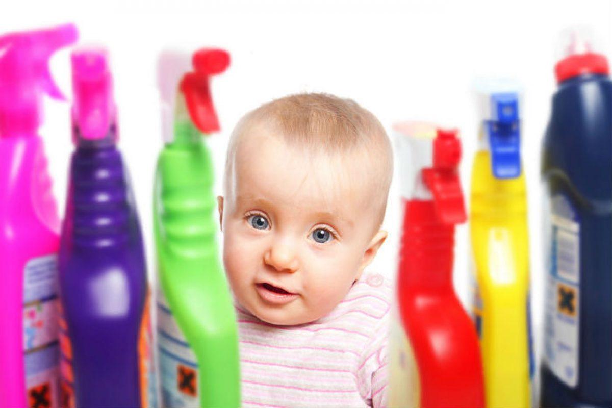 Προσοχή: Τι πρέπει να κάνετε αν το παιδί πάθει δηλητηρίαση από κατάποση φαρμάκων