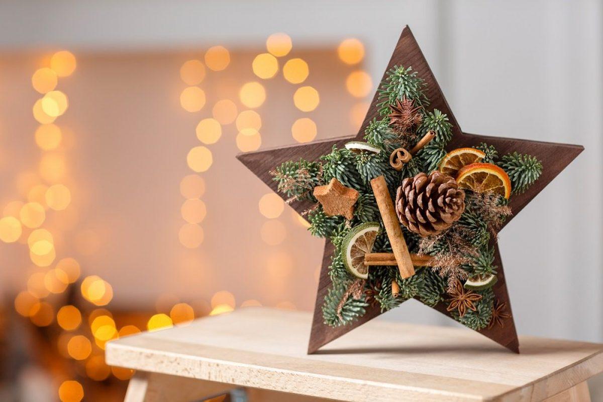 9+1 Χριστουγεννιάτικες Κατασκευές με Κουκουνάρια που θα λατρέψουν μικροί & μεγάλοι!
