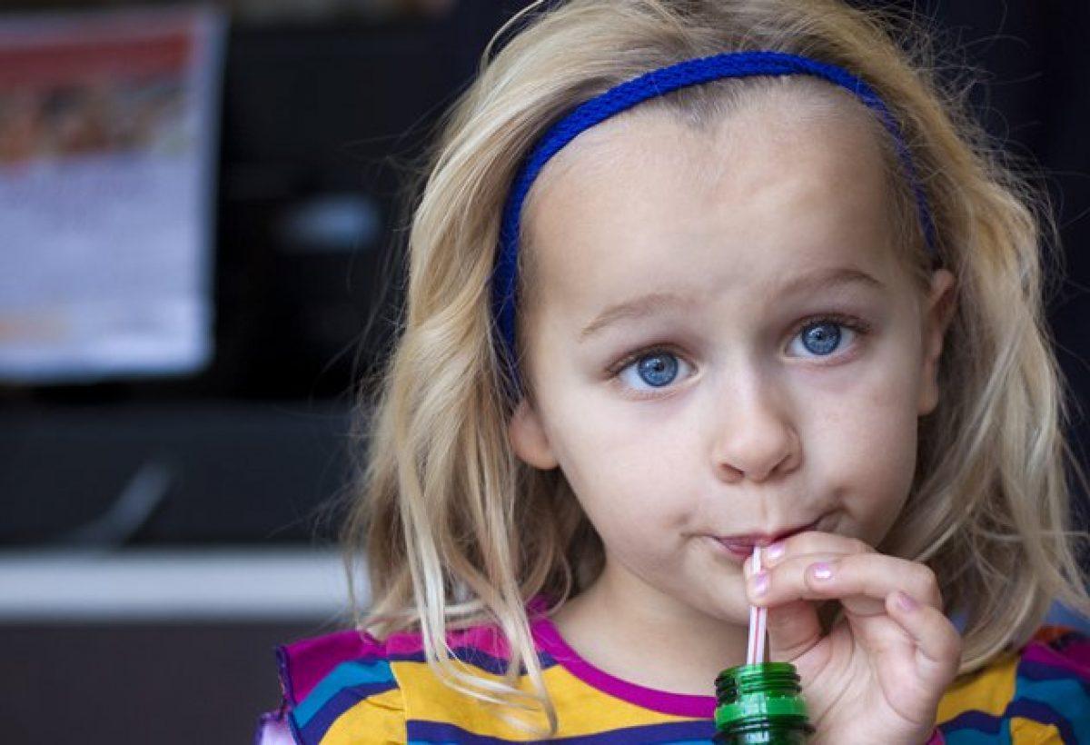 Η κατανάλωση αναψυκτικών από τα παιδιά σχετίζεται με διαταραχές συμπεριφοράς