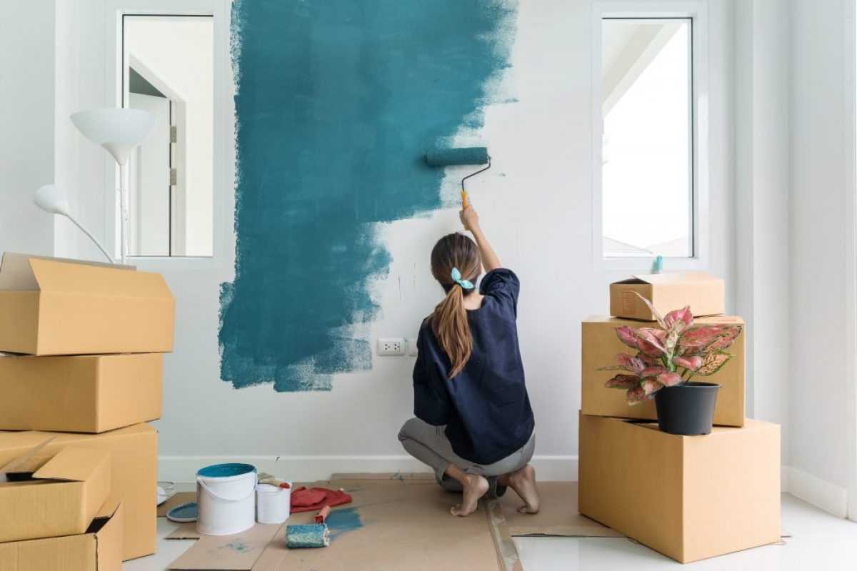 Οδηγίες για να βάψεις έναν τοίχο με υγρασία σε 4 βήματα!