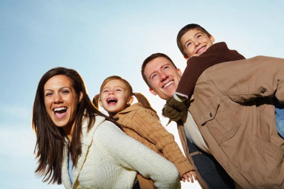 «Ζω για τα παιδιά μου»… Δηλαδή; Η ζωή μετά παύει να υπάρχει; Και το παιδί; Φορτώνεται όλο αυτό το βάρος;
