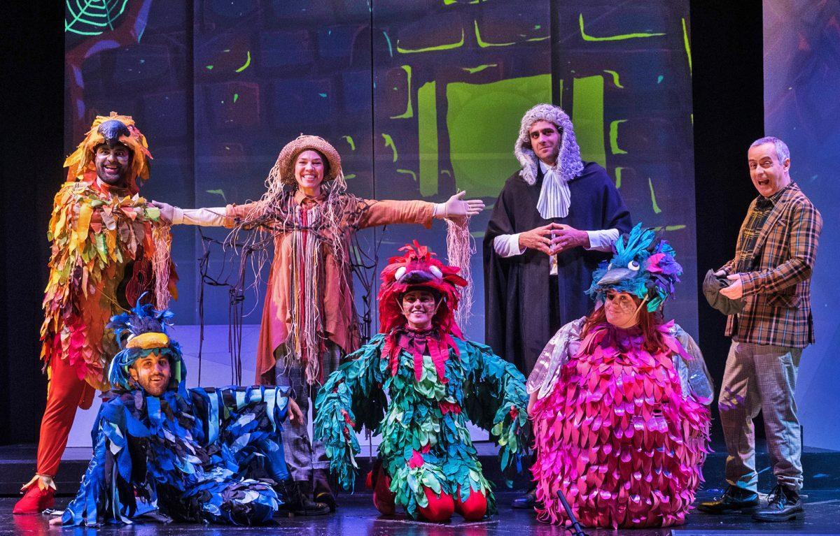 «Το Όνειρο του Σκιάχτρου» του Ευγένιου Τριβιζά Πρωτότυπη Μουσική: Μίμης Πλέσσας  Στο Θέατρο Αριστοτέλειον