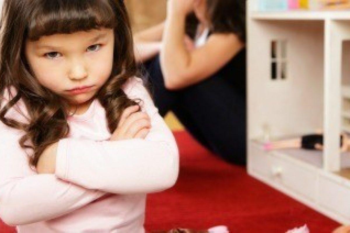 15 Συμβουλές για να Αντέξετε την Ανυπόφορη Ηλικία των 3 Ετών του Παιδιού Σας.
