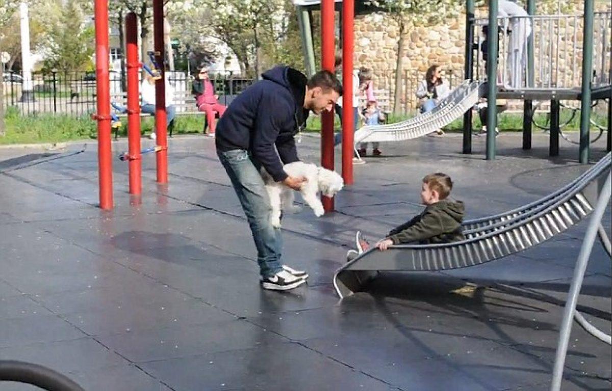 Πόσο εύκολο είναι για τα παιδιά να παρασυρθούν από έναν άγνωστο στην παιδική χαρά; (βίντεο)