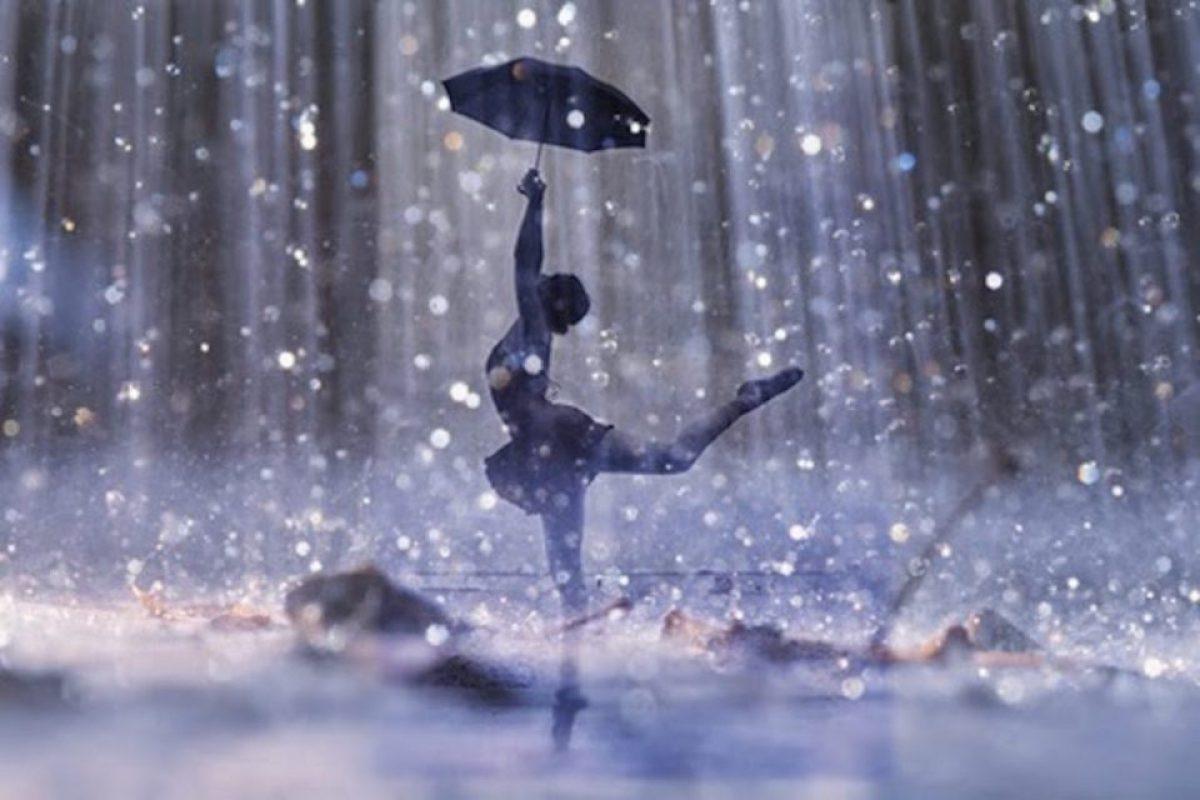 Ο Θεός δίνει μπόρες σε εκείνους που αντέχουν να χορεύουν στην καταιγίδα!