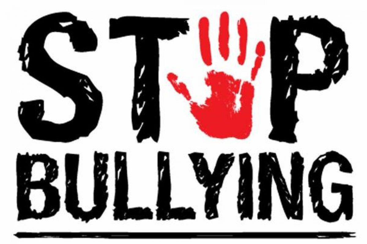 Τα παιδιά με περισσότερα αδέλφια πέφτουν πιο συχνά θύματα μπούλινγκ μέσα στην οικογένεια