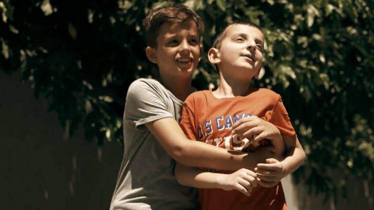 «Ο φίλος μου, το κινητό»: Το συγκινητικό σποτ του Ημιμαραθώνιου Κρήτης