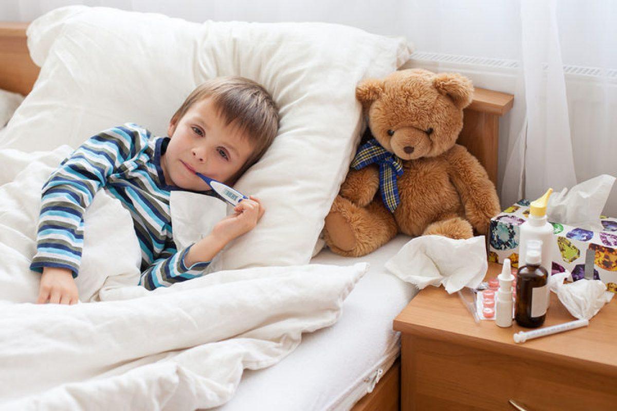 Πυρετικοί σπασμοί στα παιδιά: Τι τους προκαλεί και πώς αντιμετωπίζονται