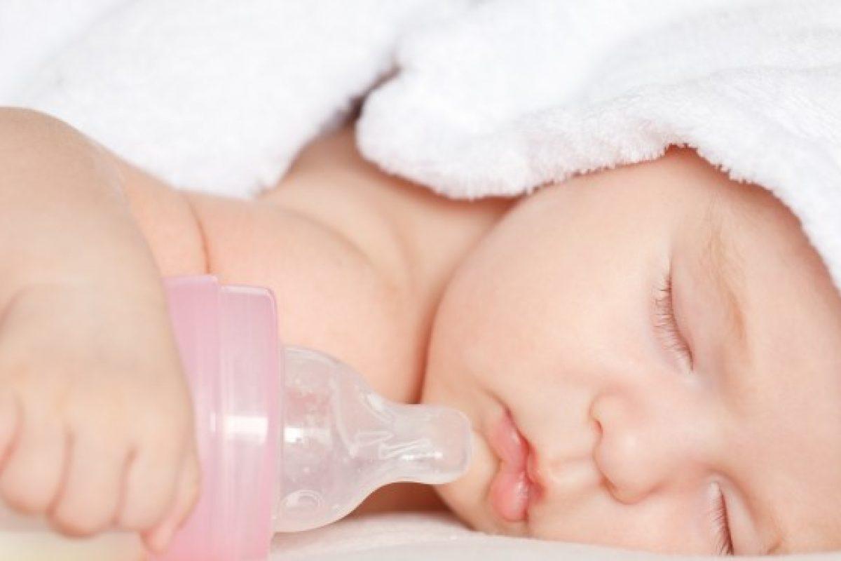 Πίνει γάλα μόνο κοιμισμένη!
