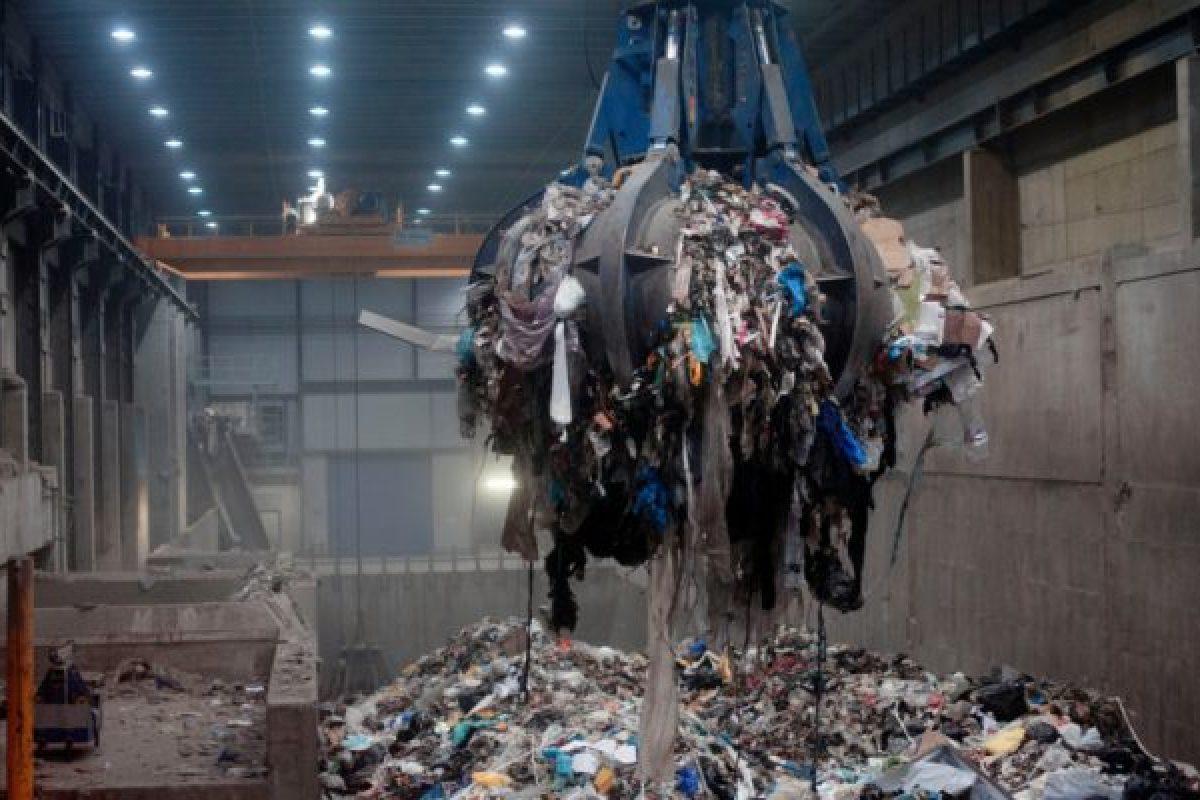 Η Σουηδία κάνει τόσο καλή ανακύκλωση που τους τελείωσαν τα σκουπίδια και κάνουν εισαγωγές