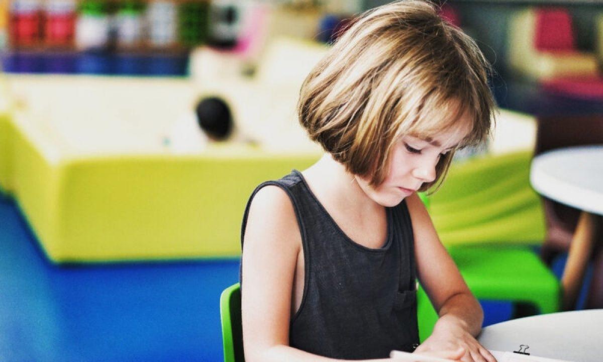 Επιστροφή στο σχολείο: Οι κίνδυνοι για τα παιδιά και πώς θα τους αντιμετωπίσετε