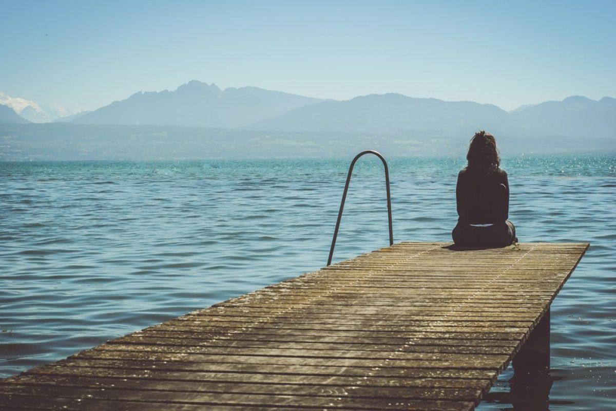 Πέντε συμπεριφορές που καμουφλάρουν την κατάθλιψη