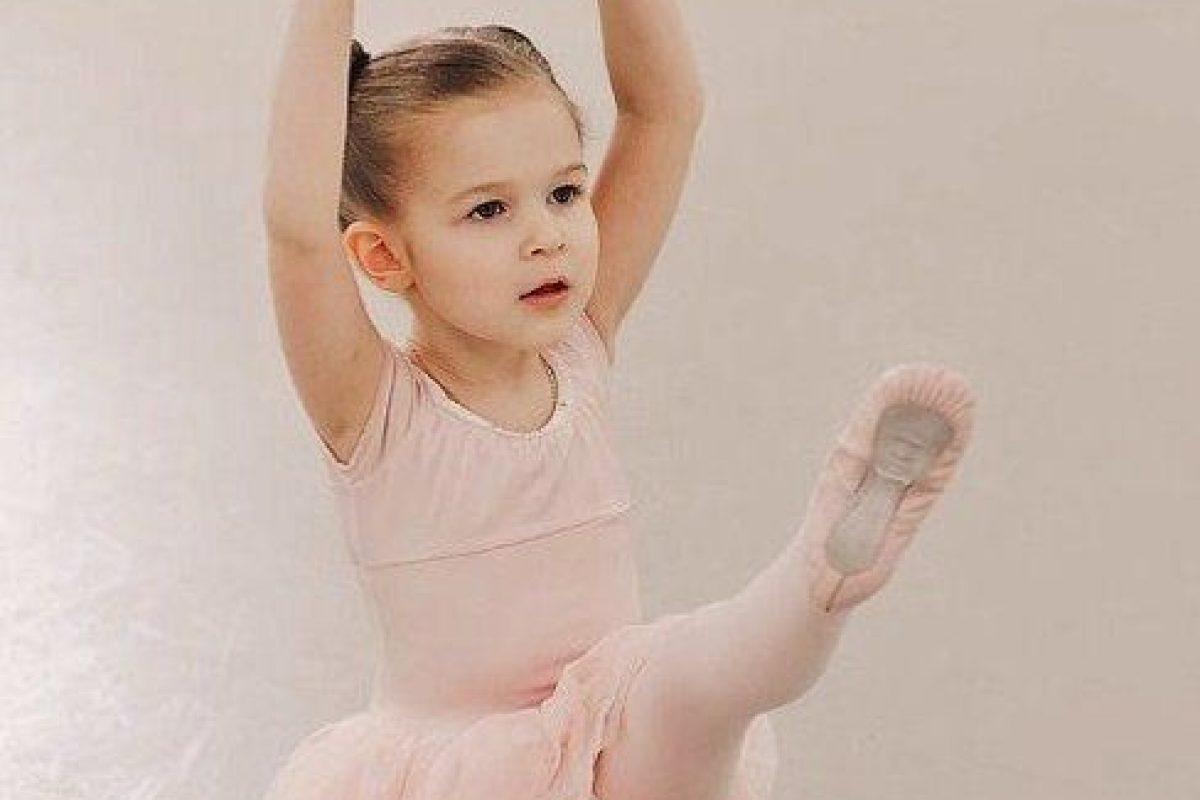 Να τη στείλω μπαλέτο ή θα στραβώσουν τα πόδια της;