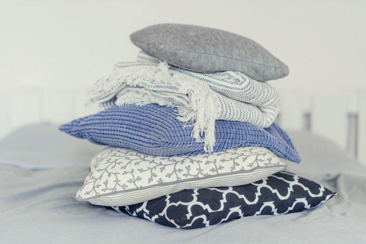 Φτιάξε διακοσμητικά μαξιλάρια χωρίς ράψιμο στο Πι & Φι!