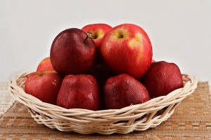 apples-1-768x512