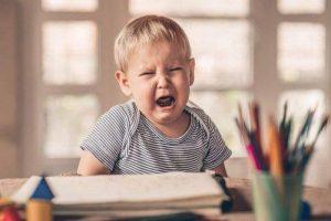child-with-temper-tantrum-e1549559967439