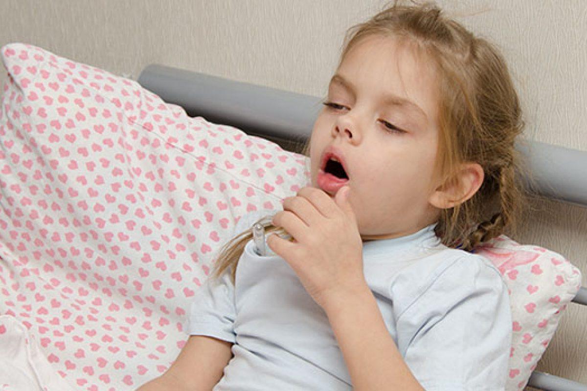 «Να πώς το παιδί μου παραλίγο να πνιγεί στον ύπνο του»: Μια μαμά προειδοποιεί