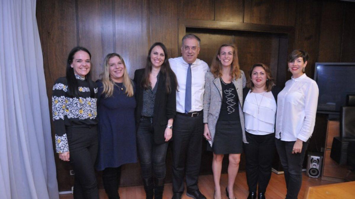 Θεοδωρικάκος: Επιπλέον άδεια στις υπαλλήλους του δημοσίου για ετήσιο γυναικολογικό έλεγχο