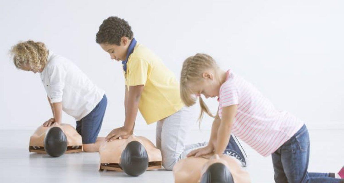 Μάθημα Πρώτων Βοηθειών θα εισαχθεί σύντομα στα ελληνικά σχολεία