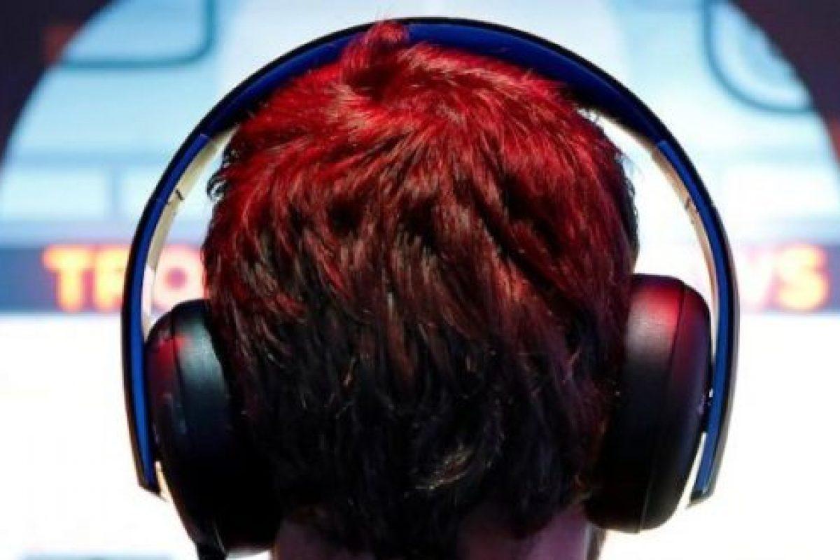 Δεκαεπτάχρονος εθισμένος στα βιντεοπαιχνίδια έπεσε νεκρός μπροστά από τον υπολογιστή του