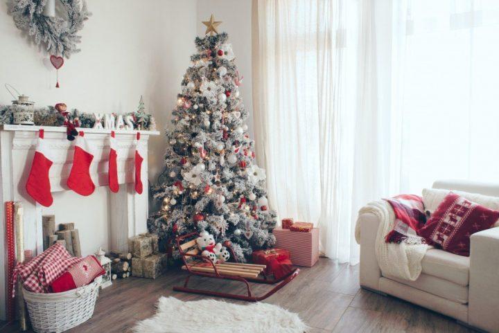Χριστουγεννιάτικη διακόσμηση σαλονιού 2019: Οι τάσεις για να μπεις στο κλίμα των γιορτών!