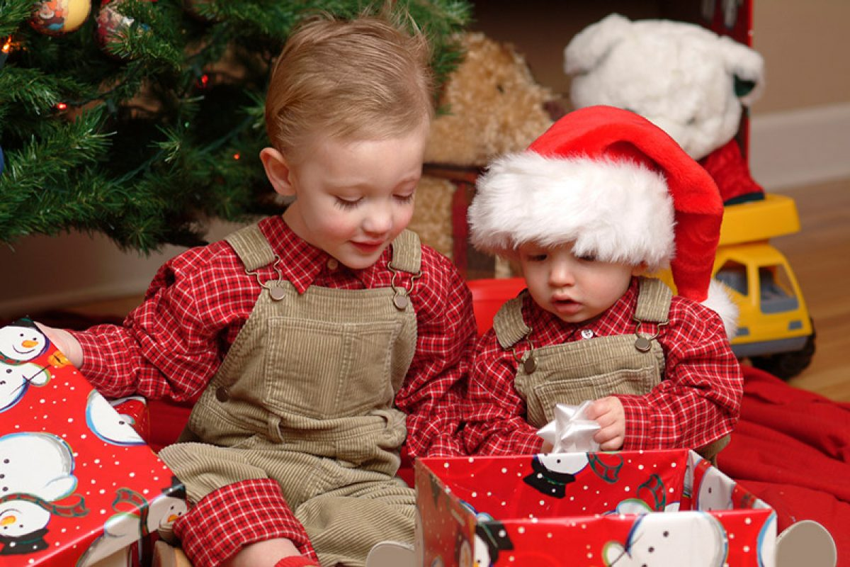 Θα πρέπει να κακομαθαίνουμε τα παιδιά τα Χριστούγεννα;