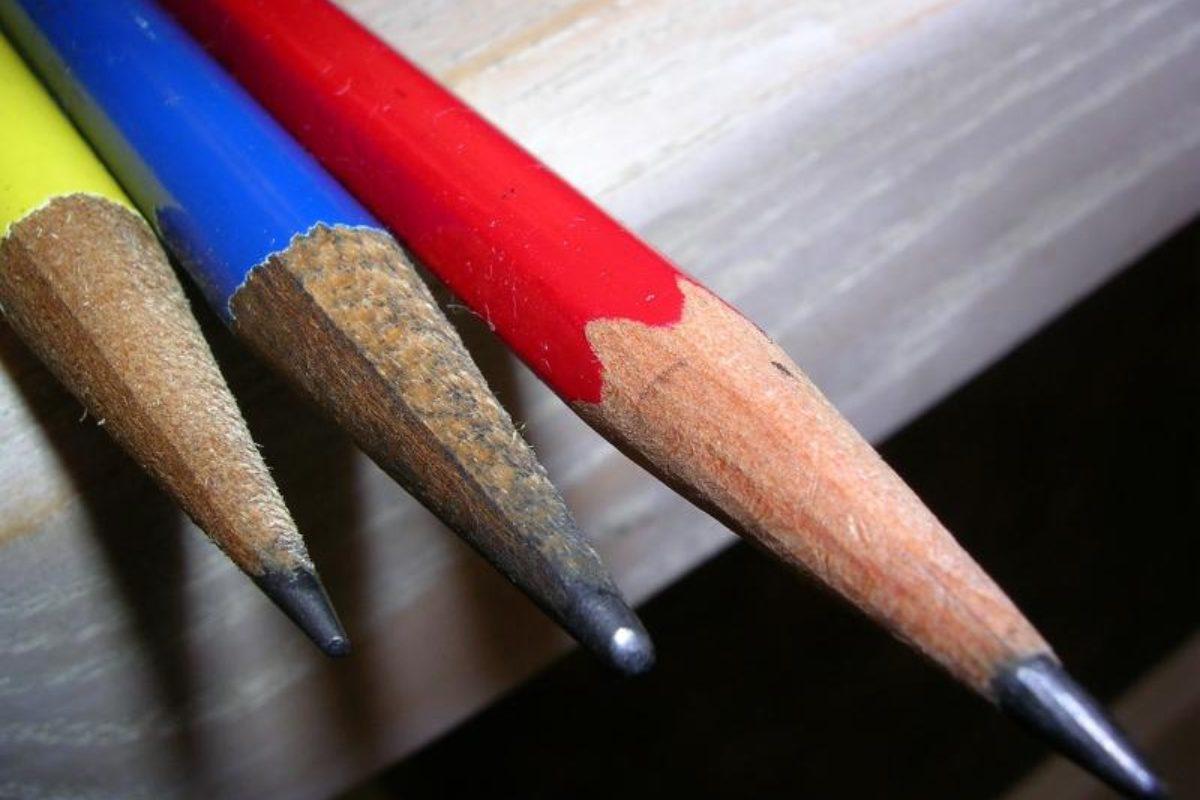 Μολύβι και όχι πληκτρολόγιο η «συνταγή» της μάθησης